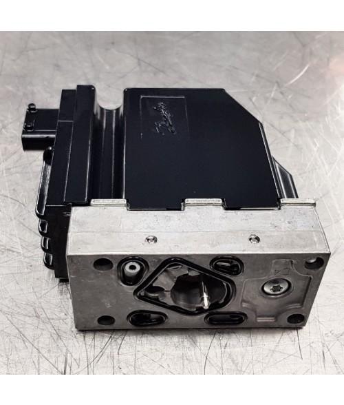 """157B4034 PVEH32 11-32V """"Hienopropo"""" Amp aktiivisella vianvalvonnalla, Sähkösäädin Sauer Danfoss / PVEH 32 (s4) 11-32 Volt With Active Fault Monitoring Valve"""